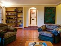lounge book shelf