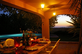 villa-almancil-portugese-holiday-letting-dinning-at-sunset--519987