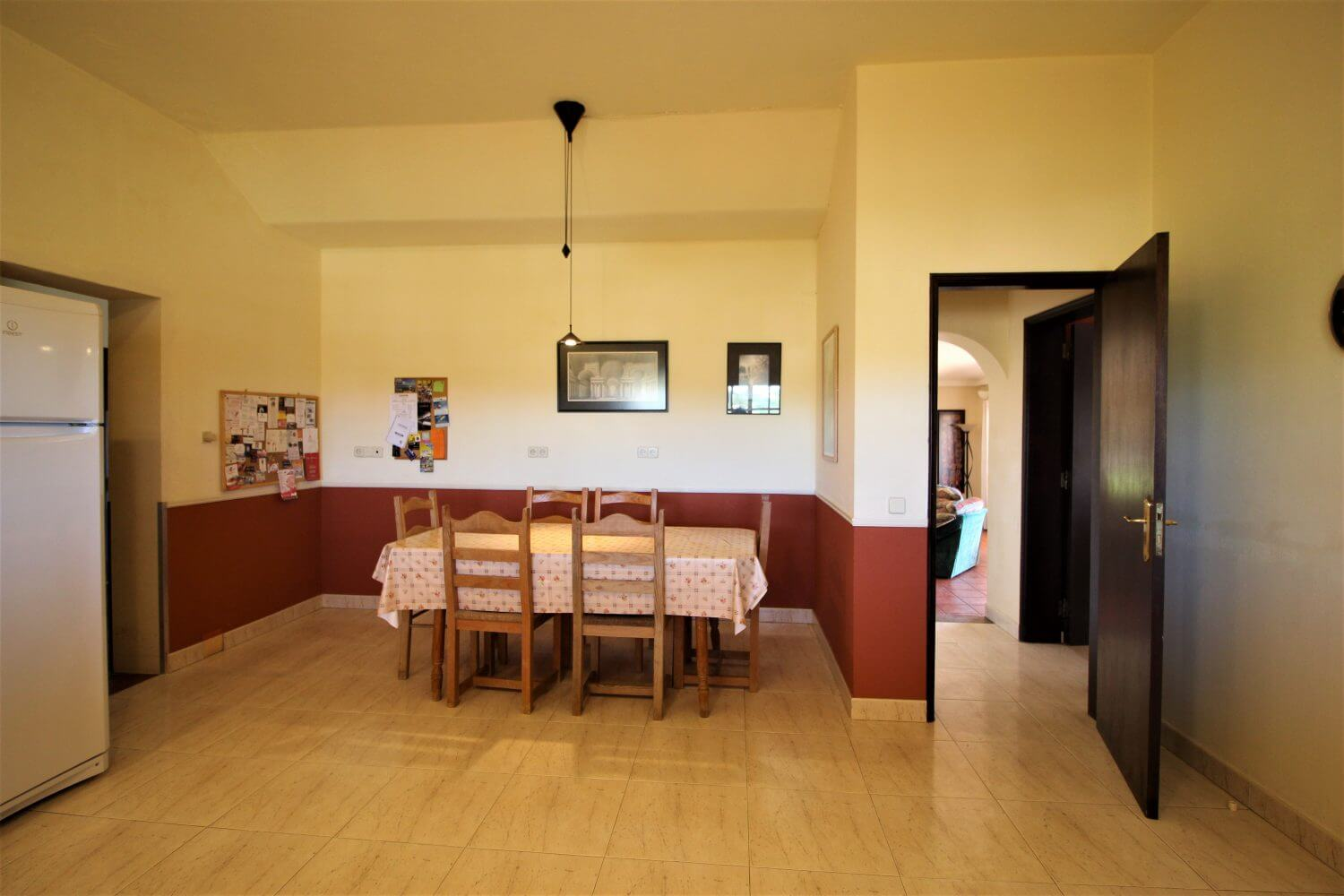accessible kitchen, holiday villa for the disabled, Algarve Portugal