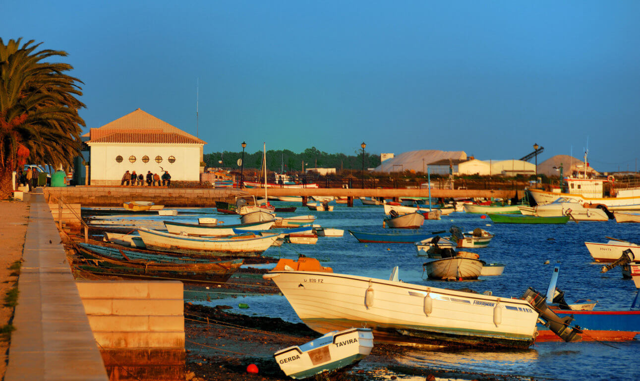 boats fishermen