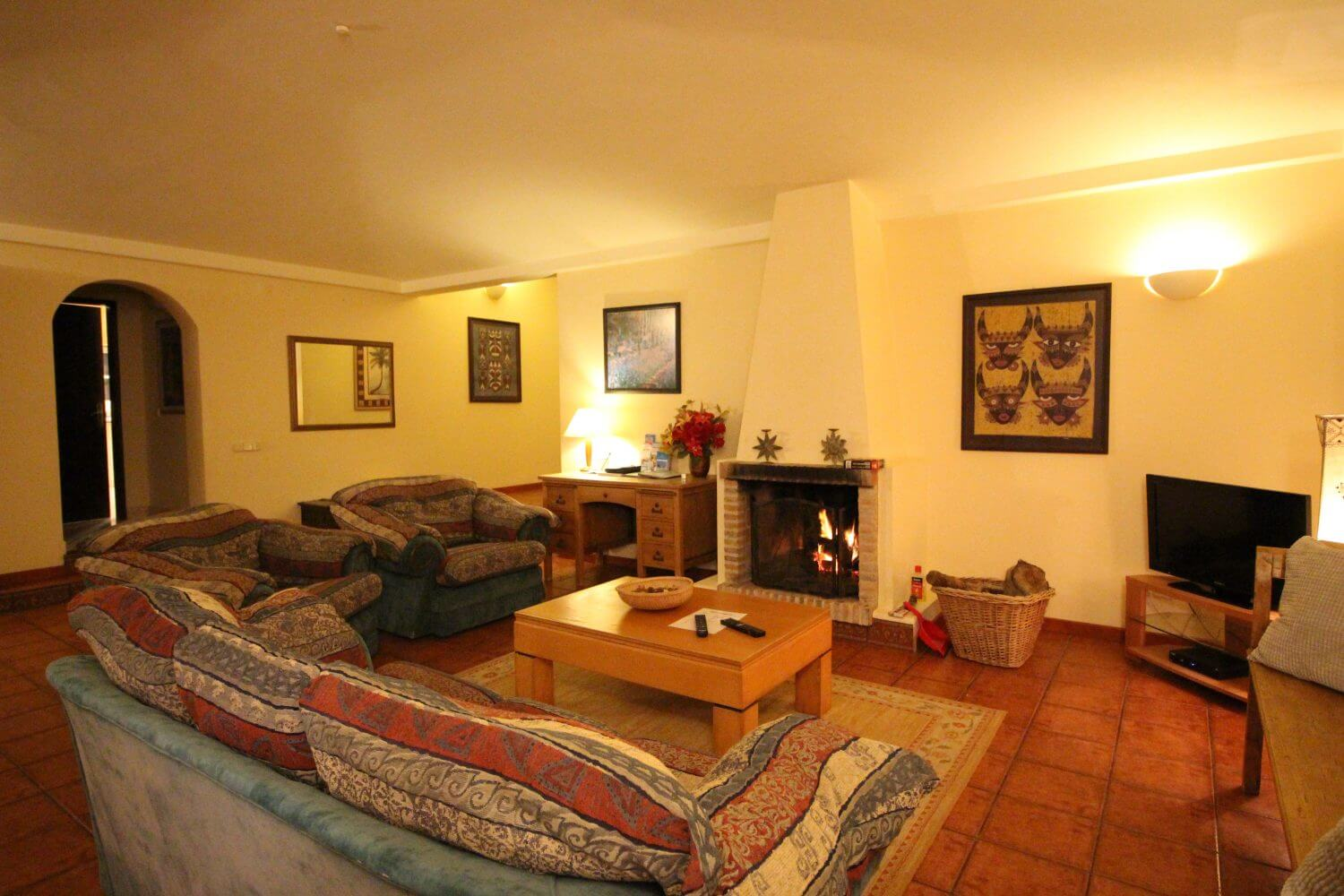 accessible lounge, holidays for the disabled algarve, wheelchair accessible villa