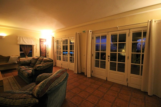 wheelchair friendly villa luz do sol, accessible lounge, accessible terrace, algarve accessible villa