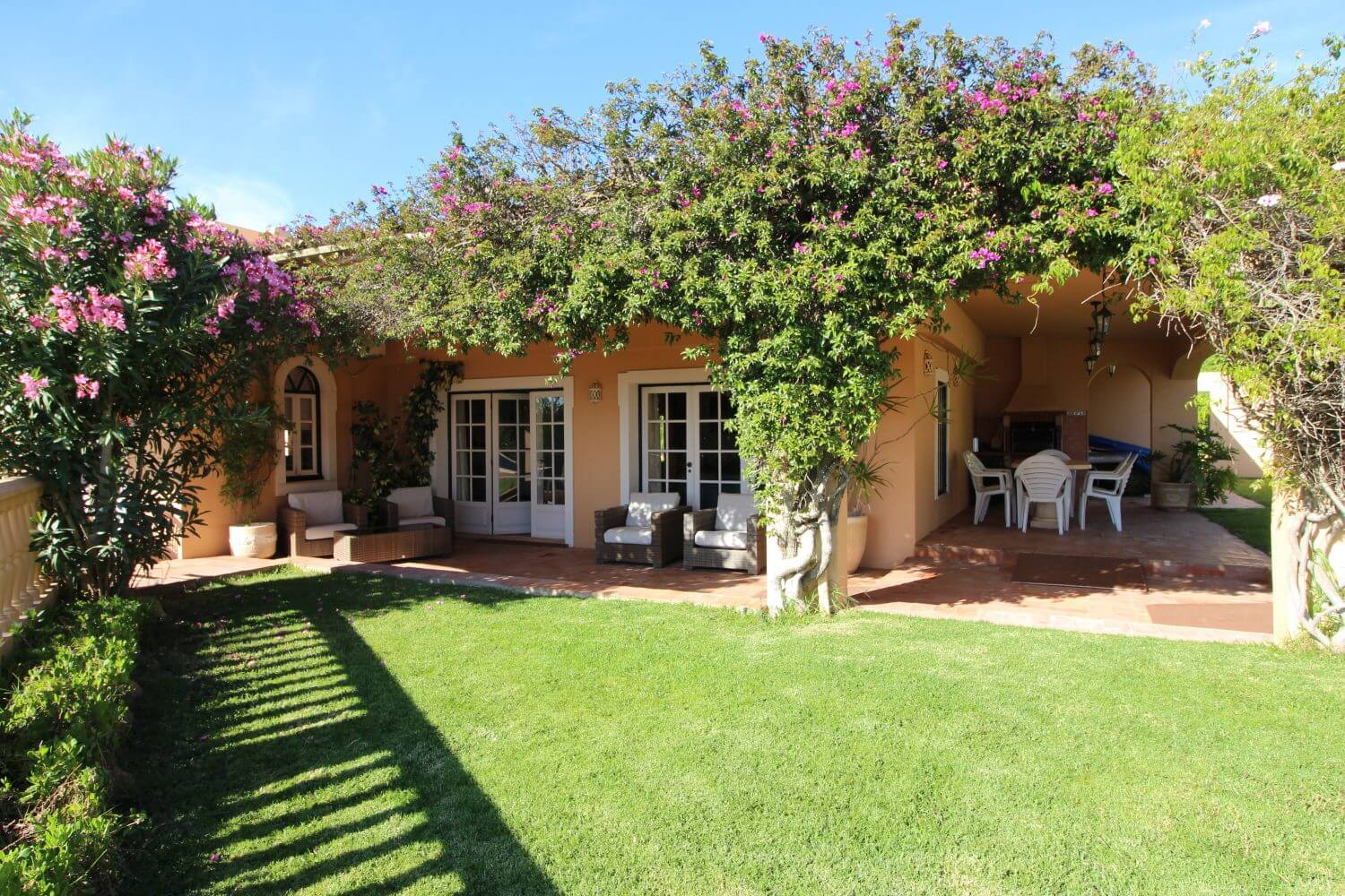 holiday villa for the disabled, accessible villa, algarve portugal