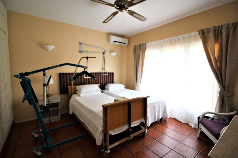bedroom hoist